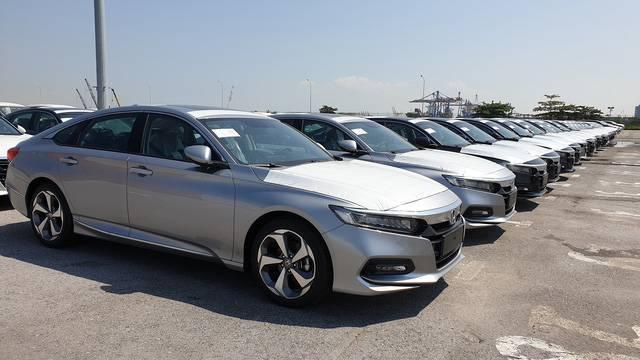 Honda Accord 2020 xếp hàng dài tại cảng Hải Phòng, sẵn sàng chờ ngày mở bán tại Việt Nam - Ảnh 1.