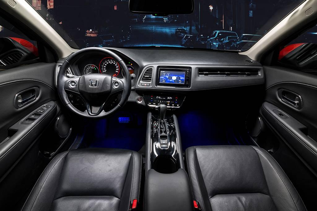 tay-lai-Honda-HRV-2019